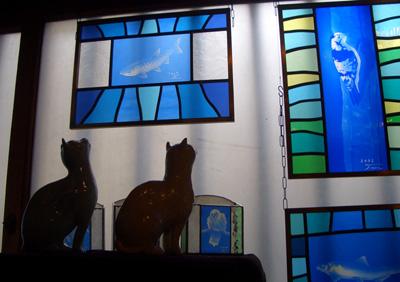 大阪 猫 ステンドグラス